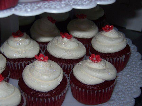 Tmx 1295337203345 1003231 Fontana wedding cake