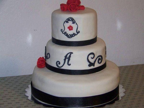 Tmx 1295337334169 1003266 Fontana wedding cake