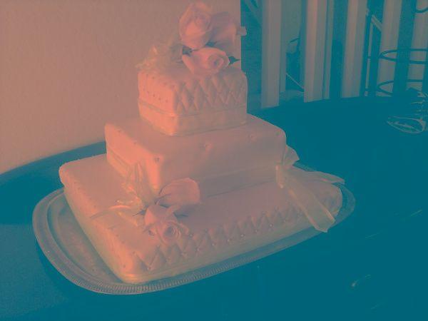 Tmx 1316064114482 Whtwedding Fontana wedding cake