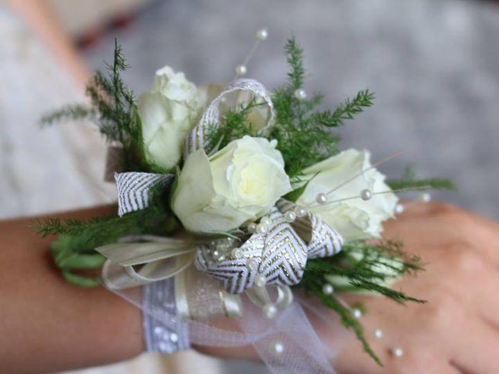 Tmx 1484700511616 1301079210207246035244142850039791230449611n Knoxville, TN wedding florist