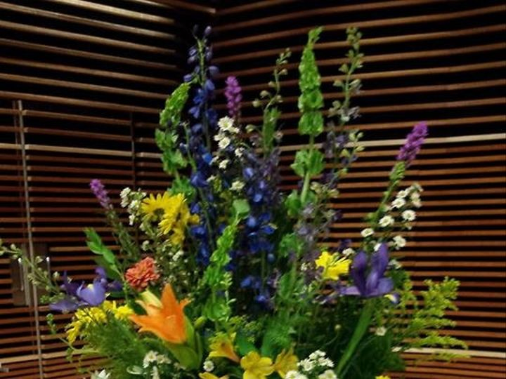 Tmx 1484700608991 Summertime Altar Flowers Knoxville, TN wedding florist