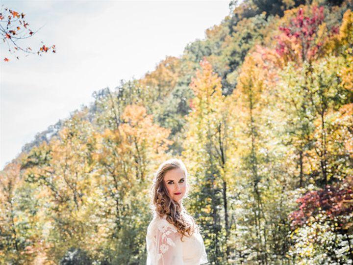 Tmx 2018 10 30 236 Xl 51 28132 Knoxville, TN wedding florist
