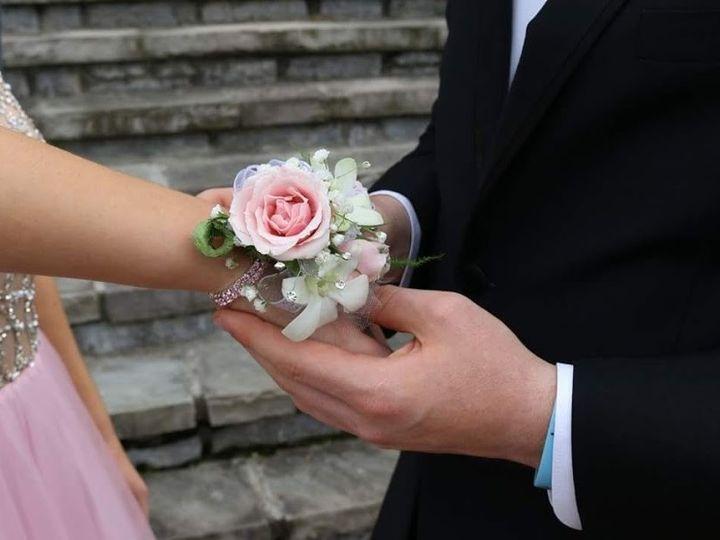 Tmx Fb Img 1499309336764 51 28132 1569772556 Knoxville, TN wedding florist
