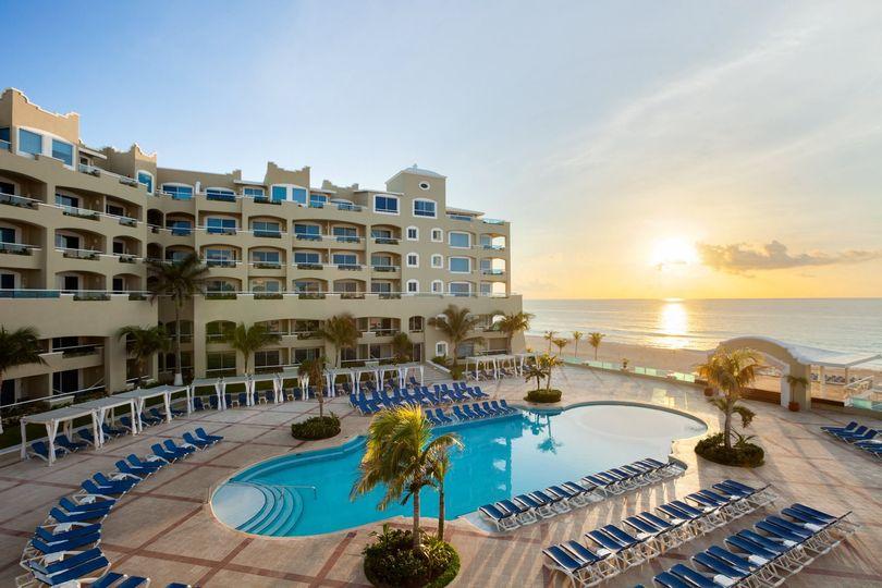 playa gran caribe cancun second pool 979312