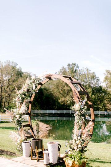 Ceremony circle arch