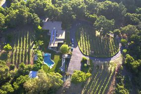 Sarahills Vineyards