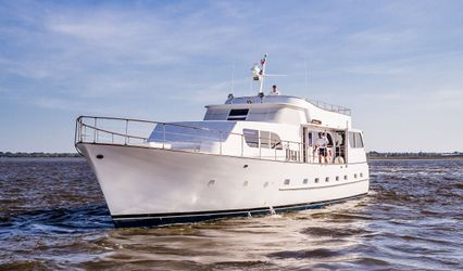 Southern Drawl Yacht Charters & Events