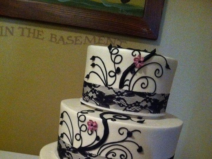 Tmx 1375302815350 Country Club Spray 2 Beaverton, OR wedding cake