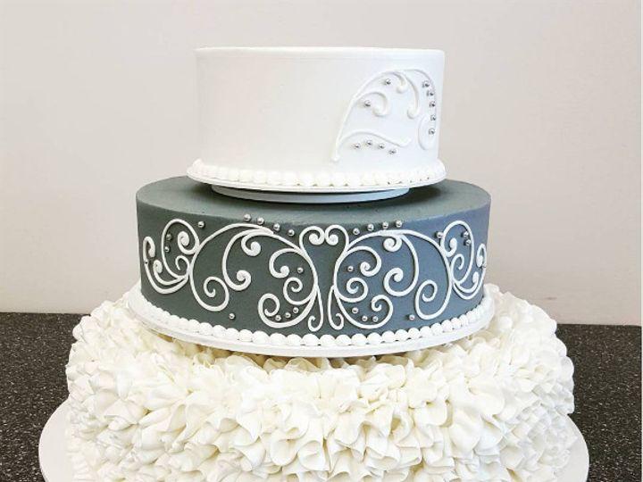 Tmx 1488403441107 Scroll And Ruffles Beaverton, OR wedding cake