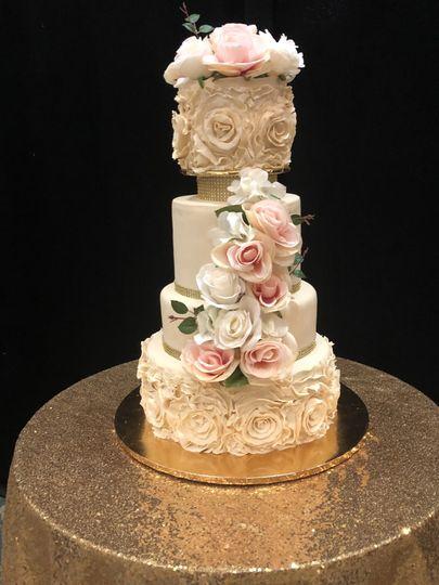 fondant wedding cake 2021 51 37232 161488811741644