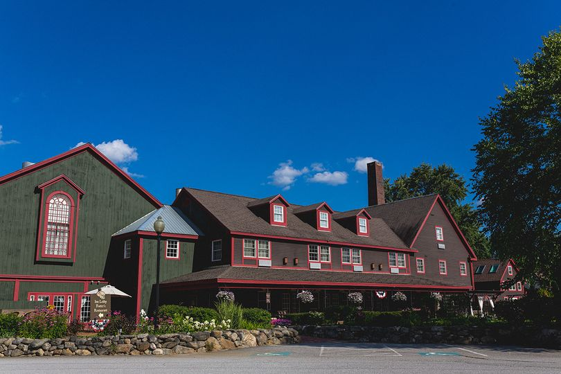 Exterior view of the The Common Man Inn & Spa