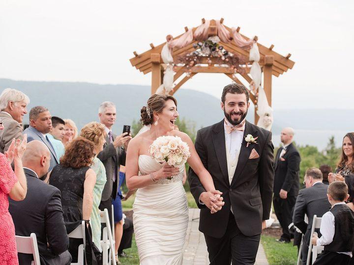 Tmx 1517889961 C2d82c381fb2c380 1517889959 C2d53c7842498b28 1517889957393 6 2018 02 05 0019 Rochester, NY wedding photography