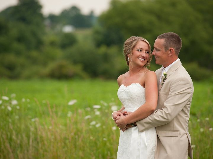 Tmx 1517890604 A999eb3fbcecb426 1517890603 1c7c21ab681417be 1517890602871 8 2018 02 05 0023 Rochester, NY wedding photography