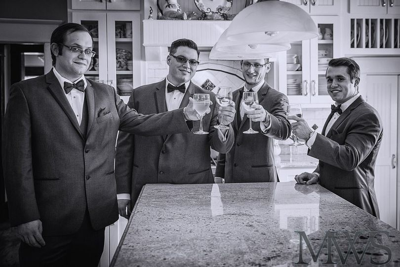 groom guys toast before prep 123large 1462336324