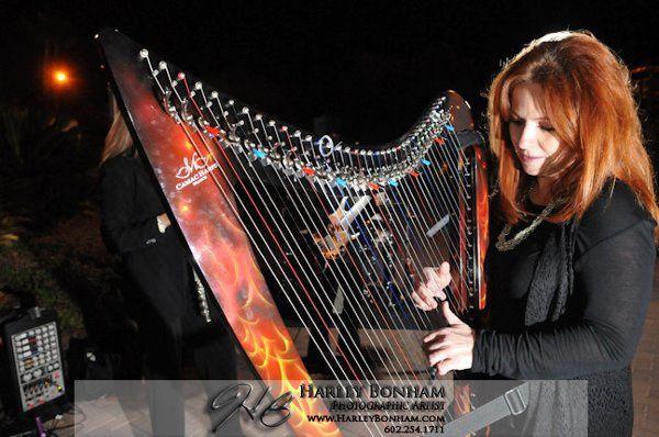 VeeRonna with electric harp