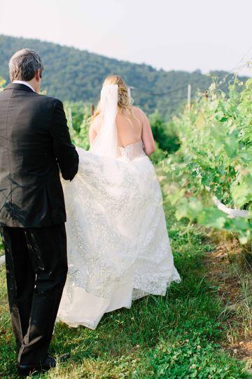 Bride & groom at Moss Vineyard
