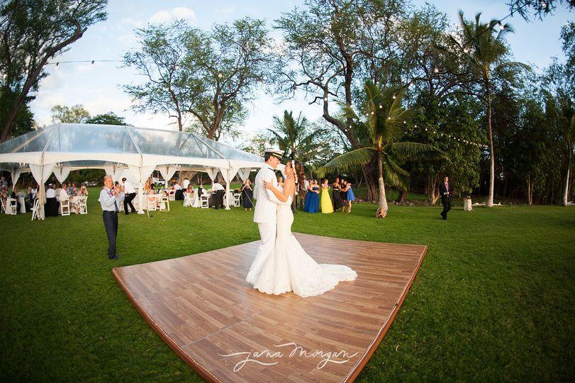 Hawaii weddings by tori rogers llc formerly hawaiian island 800x800 1423191642082 12 2 800x800 1381045519155 0580 junglespirit Images