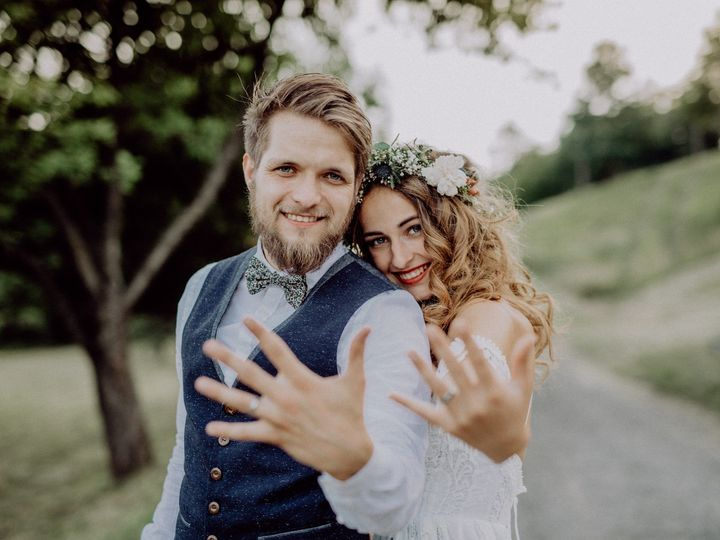 Tmx Adobestock 194966311 51 361432 158387508599357 Seattle, WA wedding videography