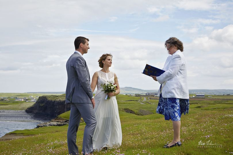 A summer cliff side ceremony at the magical Doonagore Bay