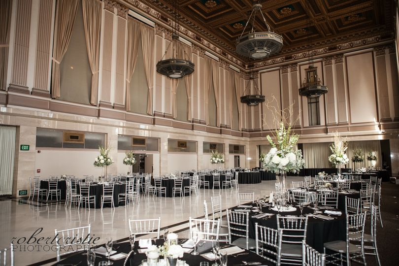The sacramento grand ballroom venue sacramento ca for 701 salon sacramento