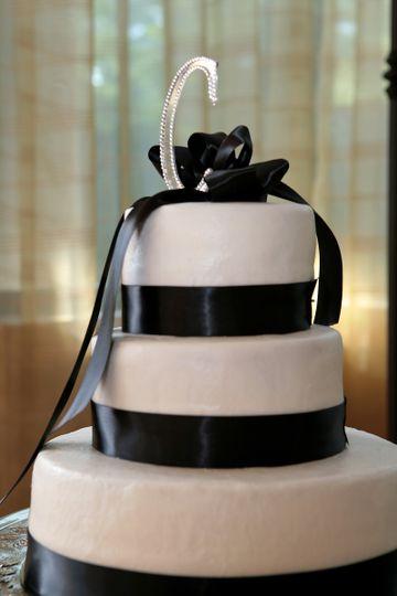 3 layer wedding cake