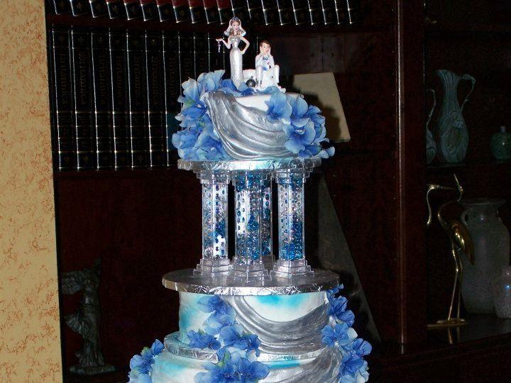 Tmx 1343163310080 552941307371982670301100001925056726685731282024025n Clermont wedding cake