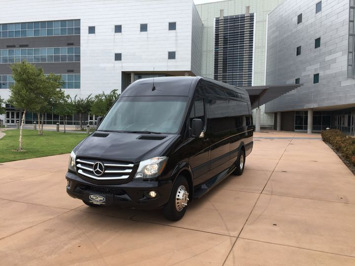 Tmx Img 1807 51 547532 Dallas, TX wedding transportation