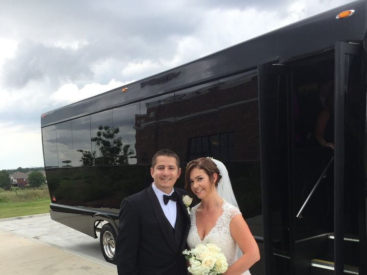 Tmx Img 3367 51 547532 Dallas, TX wedding transportation