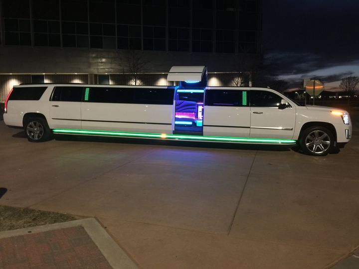 Tmx Img 7664 51 547532 Dallas, TX wedding transportation