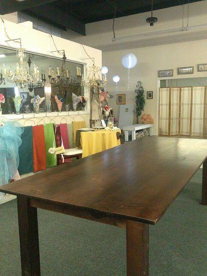 farm table no setting