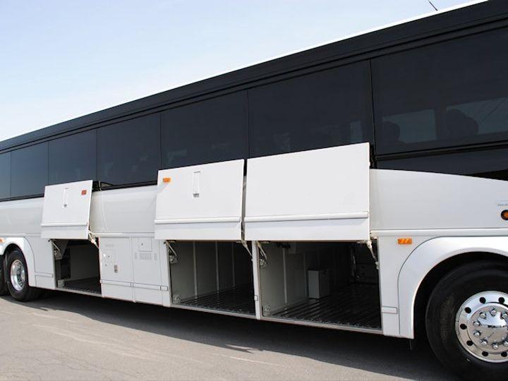 Tmx 10bl 51 746632 V1 Taylor, TX wedding transportation