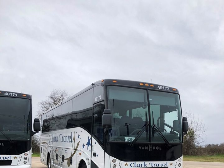 Tmx 40 Pax Ct Exterior 51 746632 Taylor, TX wedding transportation