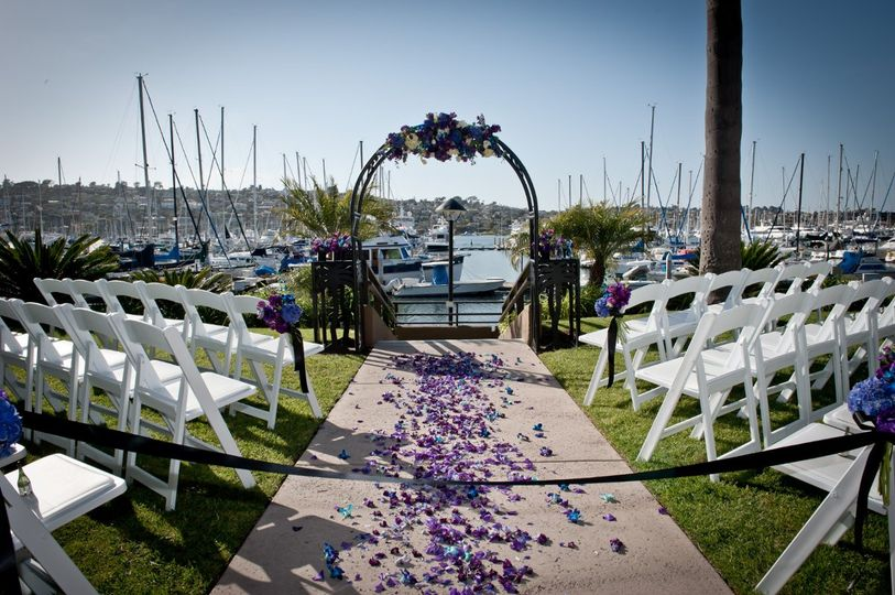 Custom Flowers and Arch