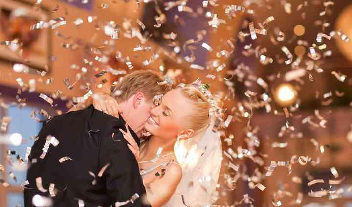 106.1 Kiss FM DJ Michael Blake presents Pro DJ Wedding