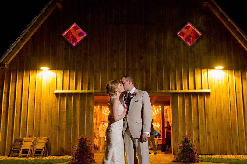 36c64f356eb39070 1442922949068 elizabeth and steven wedding 940