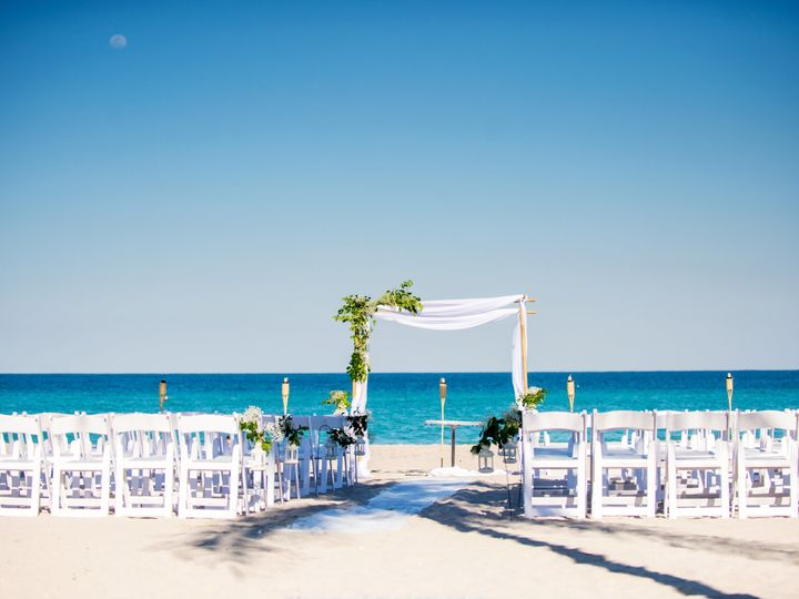 Tmx Nkw 051 51 27732 Hollywood, FL wedding venue