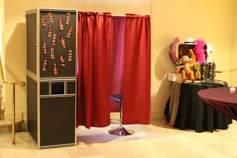 Save on Photobooth with multiple services discounts