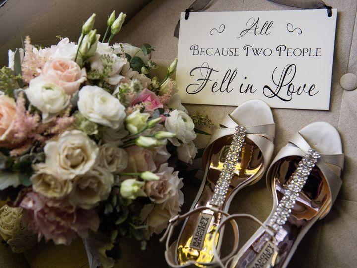 Tmx 18 11 03 Elizabethandpiotr 01 Brideprepdetails 0038 51 178732 1567110263 Madison, NJ wedding florist