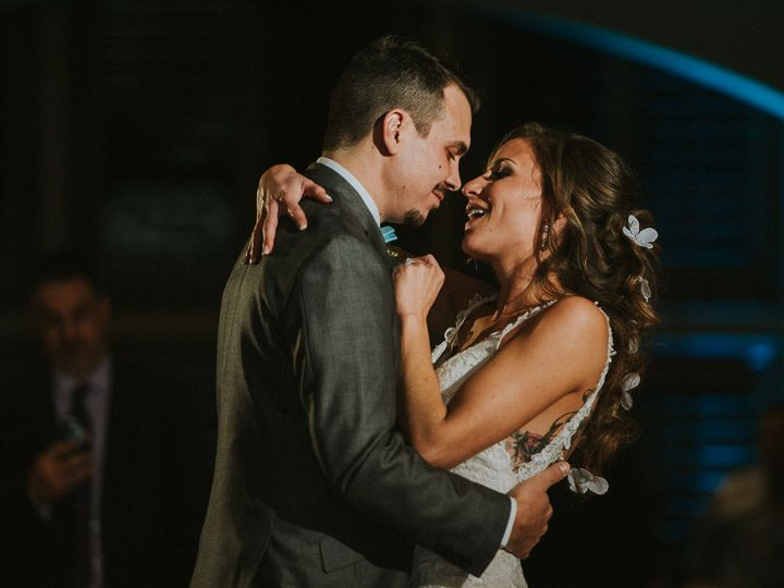 Tmx 1516675303 96beda3438b652fd 1516675302 55e5ab1b2b0749d6 1516675297162 8 Camden Boat House  Lewisville, NC wedding photography