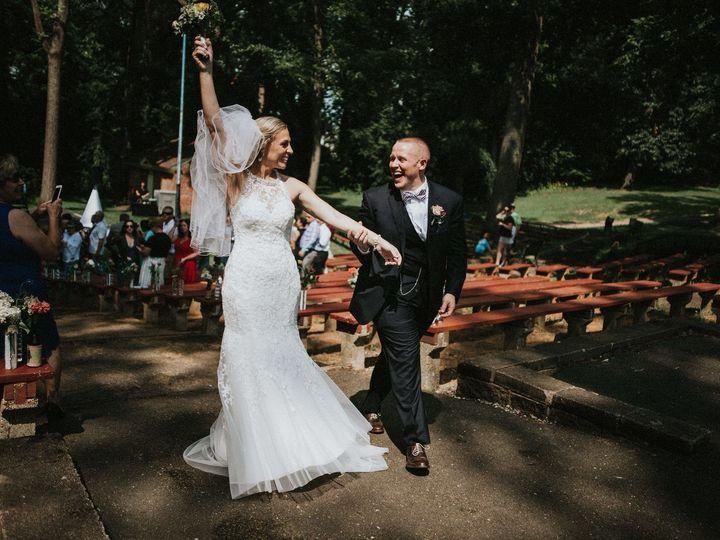 Tmx 1516675324 Ac664fe8654845b0 1516675322 73d1079b1ca4176a 1516675297200 44 Photo 0328 Lewisville, NC wedding photography