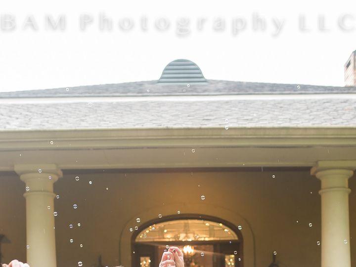 Tmx Crystal And Caleb Bubbles 2 51 952832 158871070562574 Youngsville, LA wedding venue