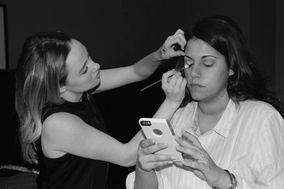 Samantha Harris Makeup
