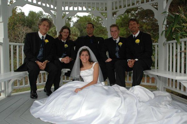 Bride 26groomsmen gazebo