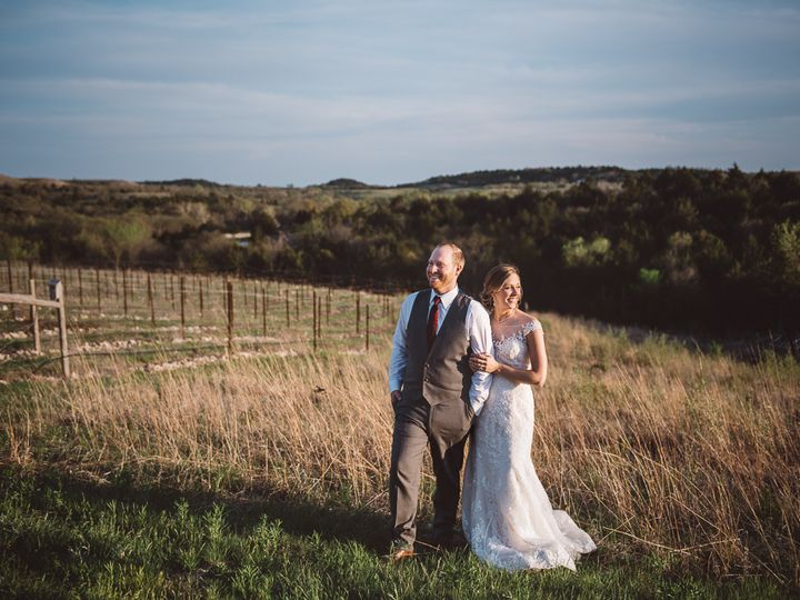 Tmx 69 Liquid Art Winery Wedding Photographer 51 607832 Manhattan, KS wedding photography