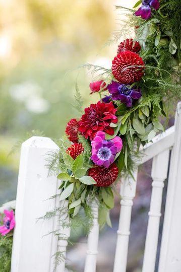 Red and purple flower deco