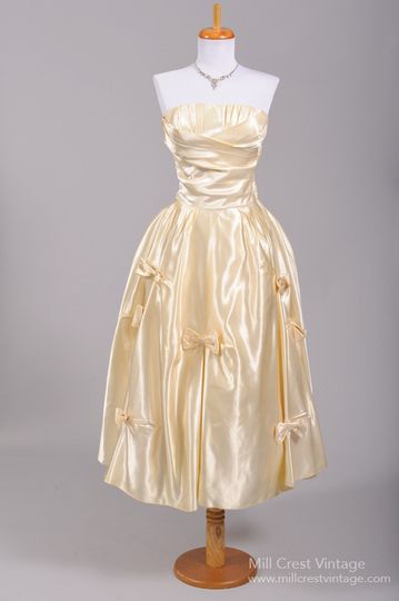 1950's Champagne Silk Strapless Vintage Wedding Dress   Designed in the 50's this absolutely...