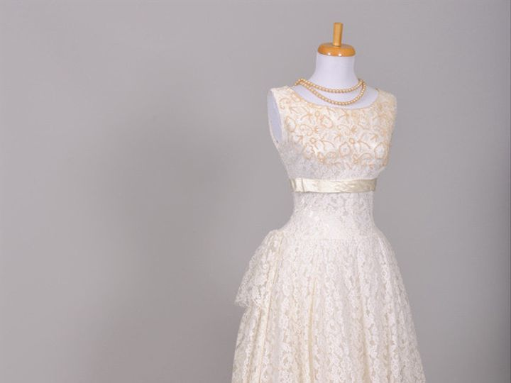 Tmx 1394669439100 Dsc370 Newtown wedding dress