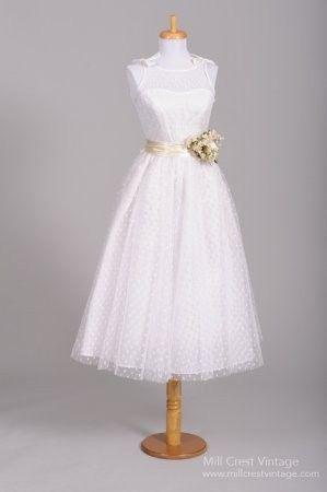Tmx 1425864905701 Dcd76dfafb06ad4ac7de7eb4bd1505a4.image.299x450 Newtown wedding dress