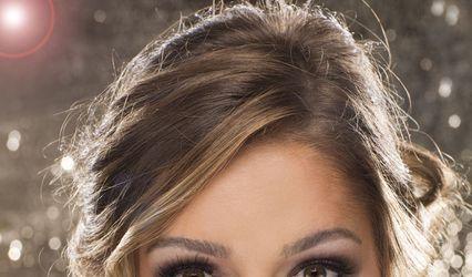 elle W hair