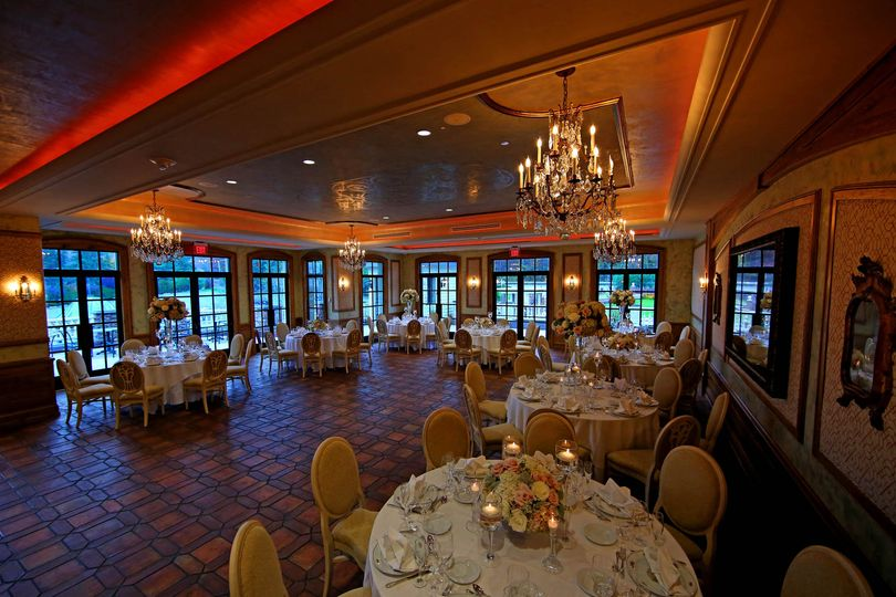 The manor venue west orange nj weddingwire for Garden rooms jersey
